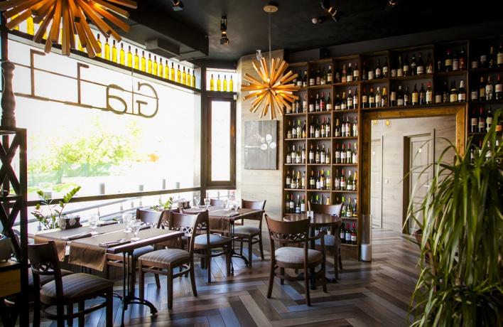В Раменках открылось кафе Wine Room