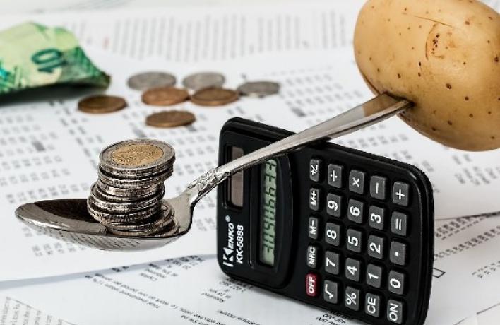 Москвичи экономят больше, чем остальные россияне