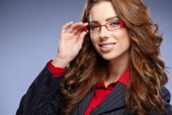 Лайфхак: Как выбрать макияж под свои очки