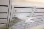 Почта России прислала москвичу виниловую пластинку, сложенную пополам