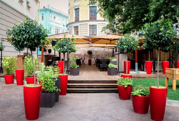 етняя веранда ресторана «Фаренгейт» - Фото №0