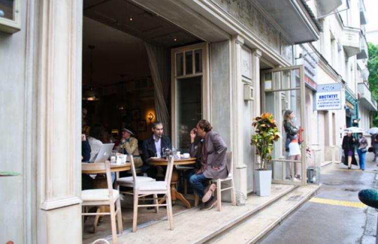 В Москве откроют 200 нестандартных летних кафе