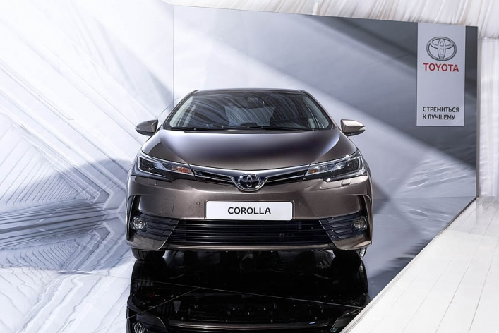 В России состоялась премьера новой Toyota Corolla