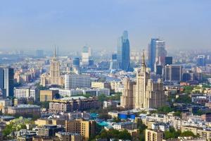 Москва упала на 17 позиций в рейтинге самых дорогих городов для иностранцев
