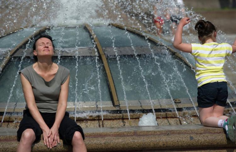 Москвичам раздадут памятки об опасности теплового удара