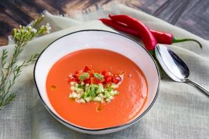 15 лучших холодных супов