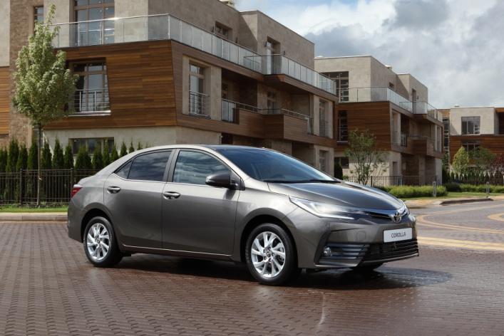 Премиальное предложение в классе городских седанов: новая Toyota Corolla доступна для заказа в России