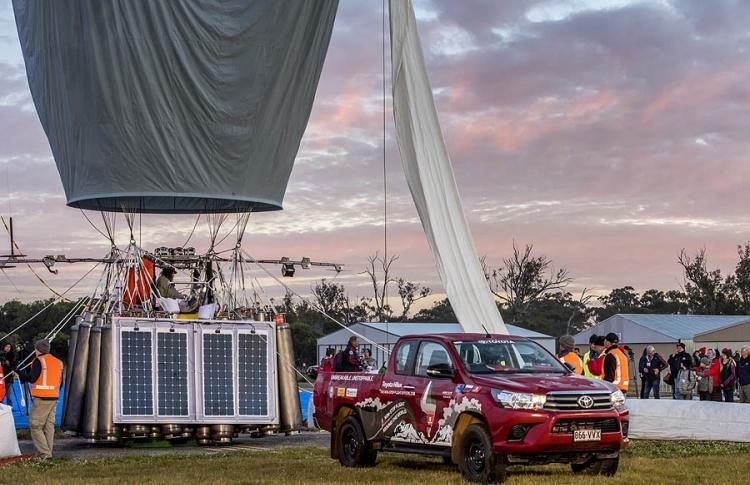 Кругосветное путешествие Федора Конюхова при участии неубиваемого пикапа Toyota Hilux: мировой рекорд установлен!