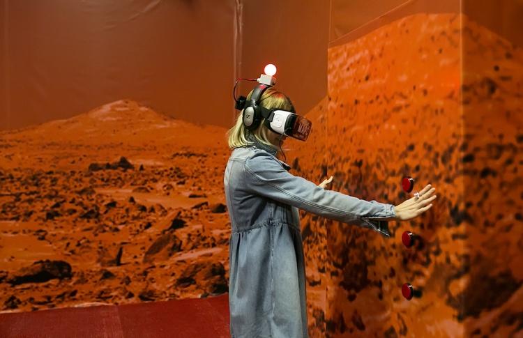 Гид по виртуальной Москве: куда сходить, чтобы погрузиться в иллюзию