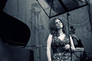 Выступление Виктории Урусовой и ее ансамбля