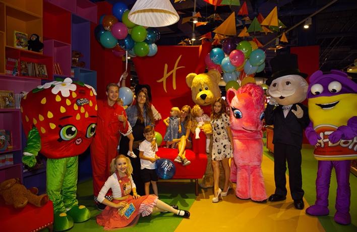 В ТЦ «Метрополис» открылся новый Hamleys