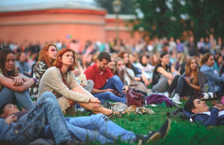 Международный Фестиваль уличного кино
