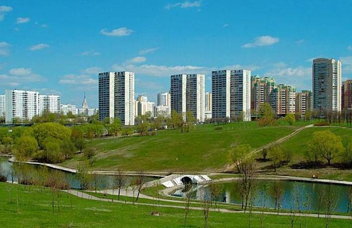 В Олимпийской деревне осовременили парк
