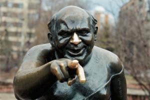 В город вернется памятник Евгению Леонову