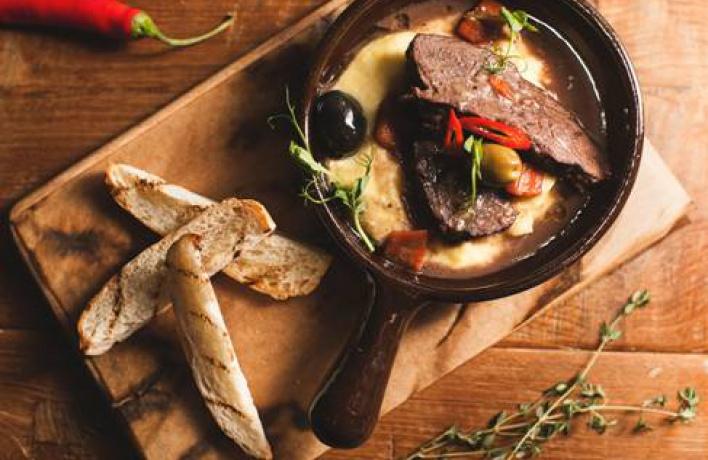 5 ресторанов с кухней, которую мы привыкли есть в отпуске