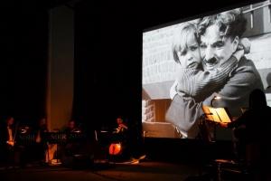 Немые фильмы под живую музыку покажут в ноябре