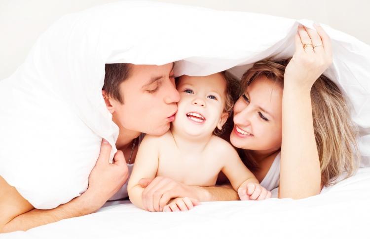 Ждем малыша. Как правильно выбрать кроватку и пеленальный комод для младенца