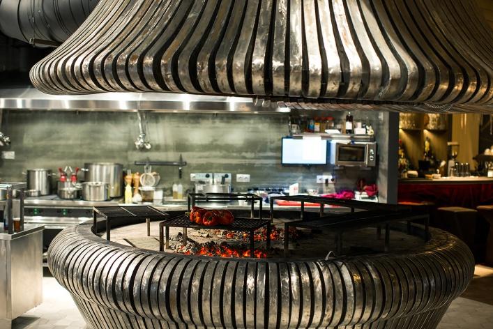 8 ресторанов, где все устроено вокруг гриля