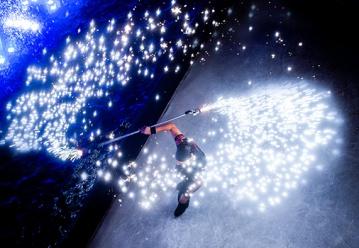 Попади на Новогоднее шоу в цирке танцующих фонтанов