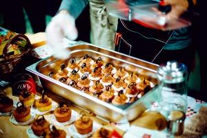 Пятый ежегодный благотворительный фестиваль «Булочки с корицей»
