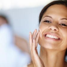 01-11-easy-ways-to-winter-proof-you-make-up-moisturizer.jpg