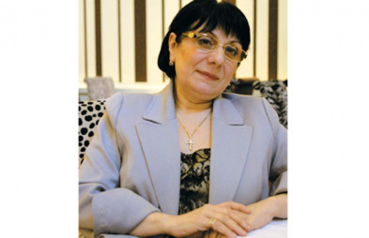Интервью: Манана Кандарели