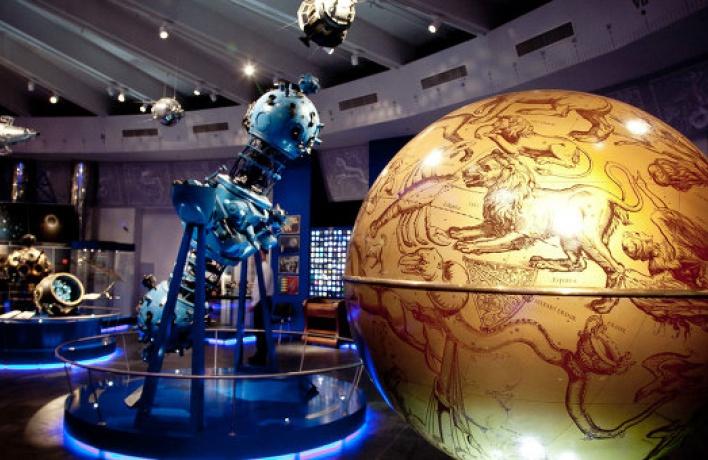 5 мест для космических свиданий в москве
