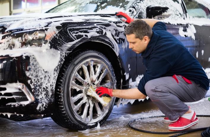 Кто помоет вашу машину?<br> 5 мобильных моек