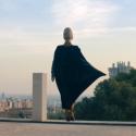 Видео дня: бабушка-супергерой летает и заводит бойфренда