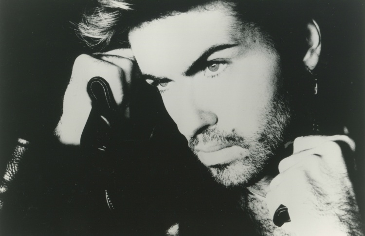 Умер певец Джордж Майкл