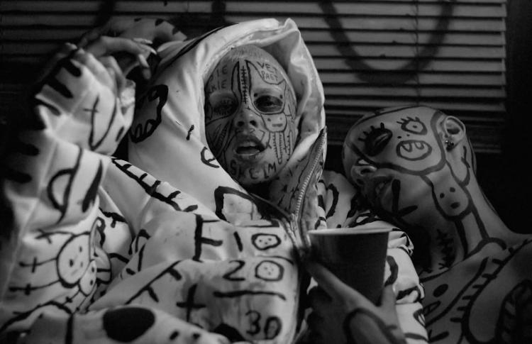 Видео дня: новый клип Die Antwoord, который лучше не смотреть на работе