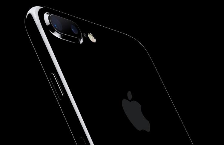Apple снизила цены на свои устройства в России