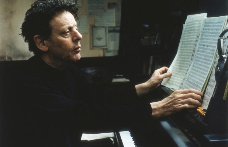 Артисты Большого театра устроят перформанс в честь Филипа Гласса