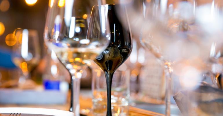 Где пить редкие вина в Москве