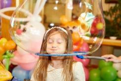 День рождения: семь способов отметить главный детский праздник