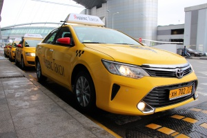 «Яндекс.Такси» будет возить из Шереметьево по фиксированной цене