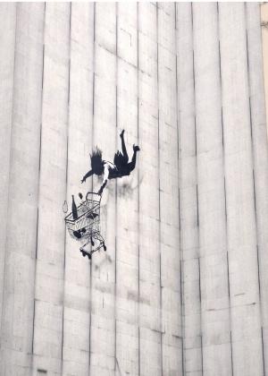Дневник туриста: где искать граффити Бэнкси в Лондоне