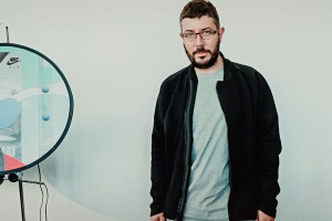 Артемий Лебедев разработал дизайн новых кроссовок Nike