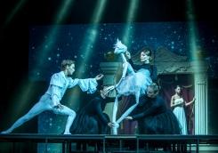 День рождения «Ленинград Центра» в Международный день театра