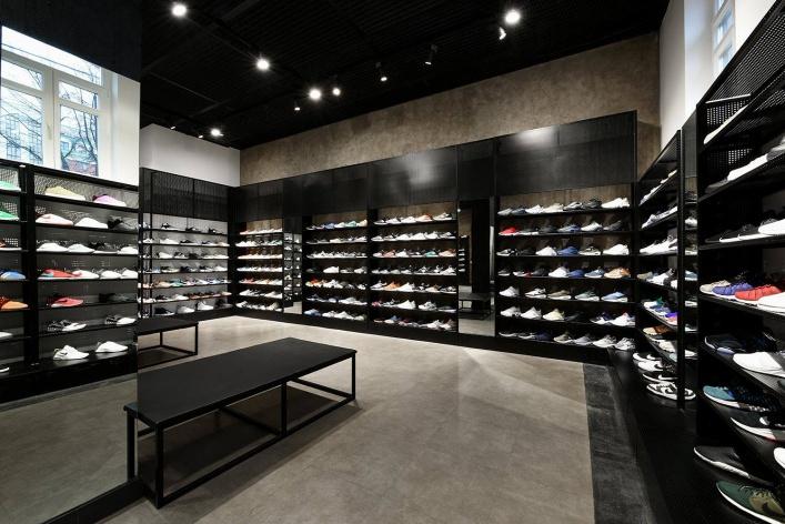 лучшие магазины кроссовок в инстаграм