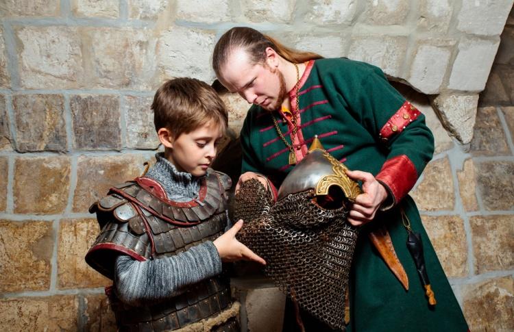 «Исторические встречи» в Старом Английском дворе