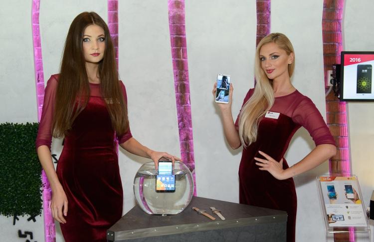 LG G6 с дисплеем fullvision представлен в России