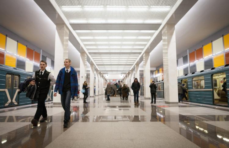 Посмотреть на новые станции метро