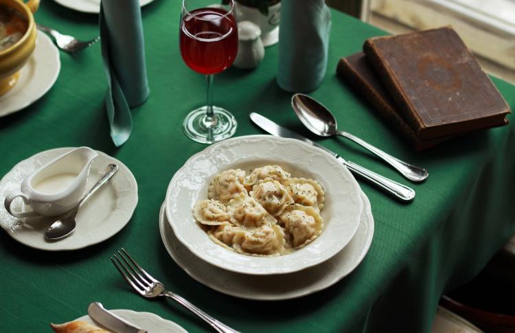 Пельмени с лососем в «Кафе Пушкинъ»