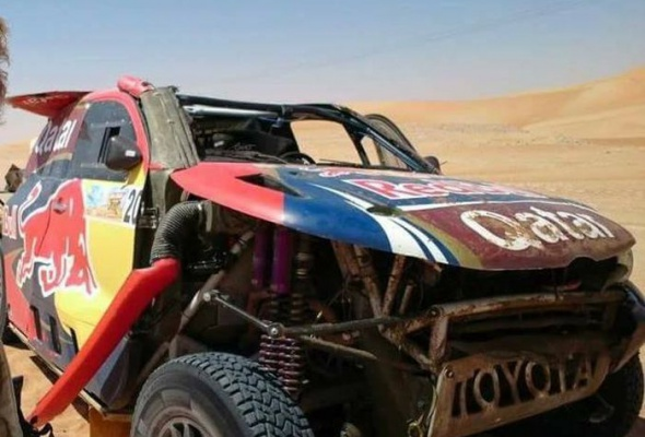 Драма в пустыне: Нассер Аль-Аттия остановился в шаге от победы на ралли-рейде Desert Challenge в Абу-Даби - Фото №2