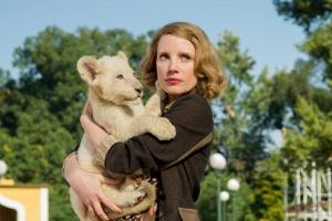 «Жена смотрителя зоопарка»: про уродов и зверей