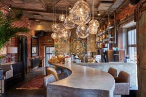 7 лучших ресторанов с ближневосточной кухней