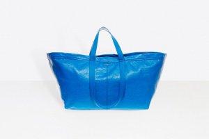 Зачем платить 2000 долларов за сумку, которая в «Икее» стоит 49 рублей