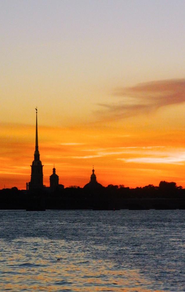 10 вещей, которые надо сделать в Санкт-Петербурге на майские праздники