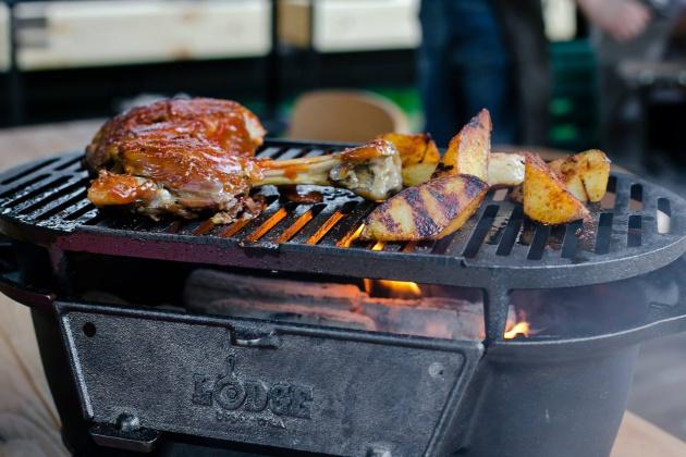 Лопатка ягненка с соусом BBQ (1600 р.) в Adri BBQ Restaurant